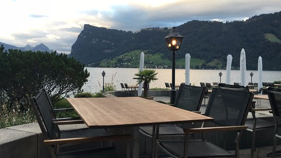 Kastanienbaum, Schweiz: Aussicht von der Terrasse