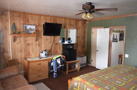 Cowboy Country Inn Photo