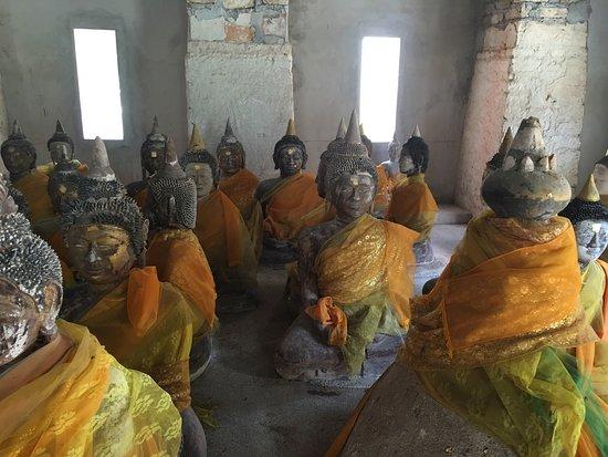 Maret, Tailandia: Wat Samret