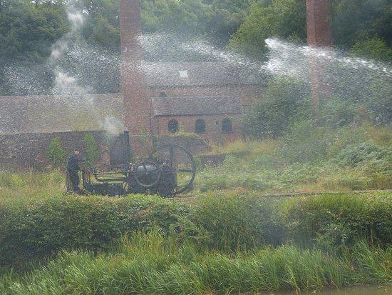 Ironbridge, UK: Fire Pump pumping Water