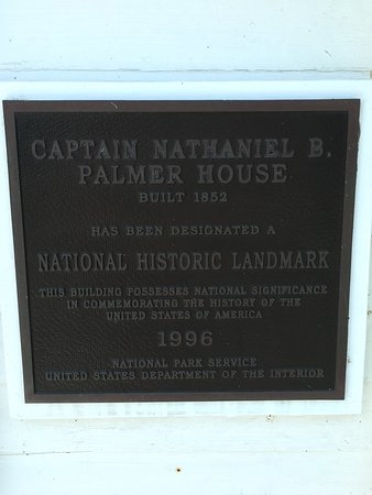 Captain Nathaniel Brown Palmer House : photo2.jpg