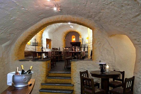 Hotel America : Grotto