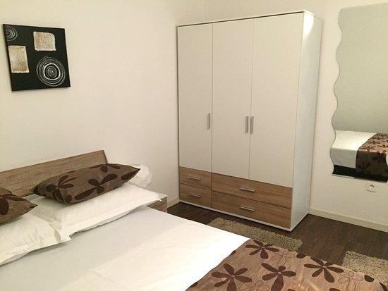 Valenti Rooms