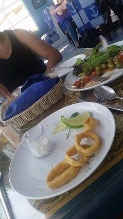 Golden Parnassus Resort & Spa: calamari statrer