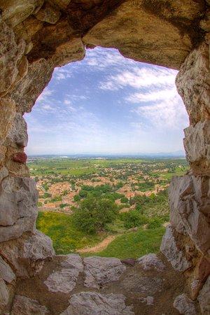 Saint-Victor-la-Coste, Γαλλία: Castellas