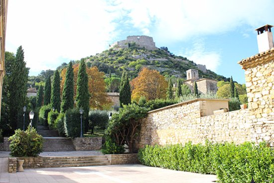 Saint-Victor-la-Coste, Fransa: Castellas
