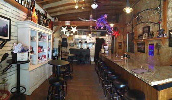 Murphys, CA: Tasting Room