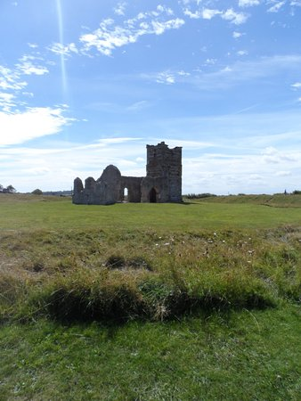 Knowlton Church and Earthworks Foto