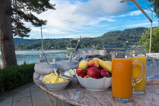 Hotel Villa Rainer: Frühstück
