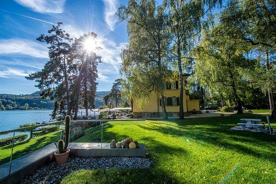 Hotel Villa Rainer: Großzügige Parkanlage