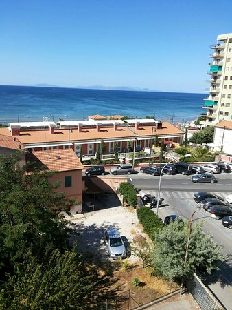 Residence Il Sole: 1-bedroom apartment (No.13) with panoramic sea view terrace
