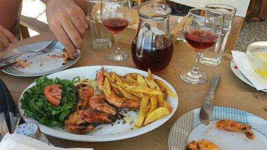 Asterias Restaurant: image-0-02-01-044e1e84c75ed4b109f79775cccedce63d69d32a32522319604583a9b70fd2d1-V_large.jpg