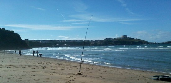 Newquay, UK: My beachcaster rod, for Bass, off Tolcarne