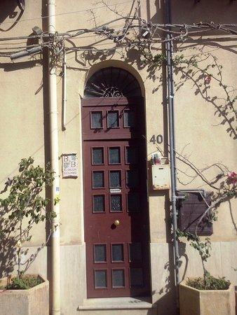 Al Galileo Siciliano: Porta d'ingresso