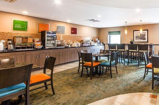 Comfort Suites Knoxville West Farragut 84 ̶9̶9̶