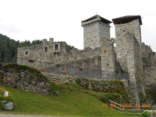 Ossana, Italien: Vista dall'ingresso
