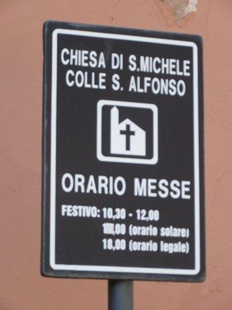 Torre Del Greco, Italia: Orari S. Messe.