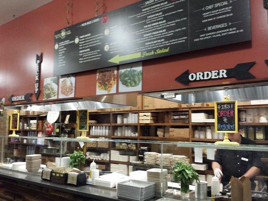 Tustin, CA: Market 2 Place, Irvine District Union Market
