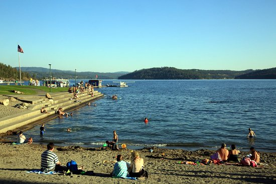 Coeur d'Alene City Park and Independence Point: Great beach
