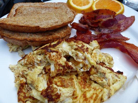 ยาร์เมาท์, แคนาดา: Shanty breakfast
