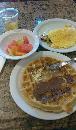 Country Inn & Suites By Carlson, San Bernardino (Redlands): Wonderful Breakfast!
