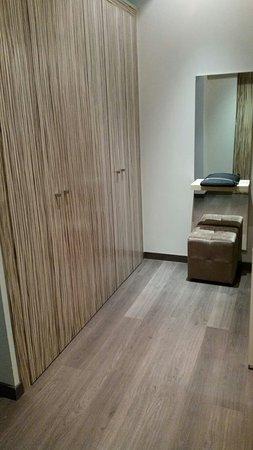 Mola Park Atiram Hotel: IMG_20160820_073913_large.jpg