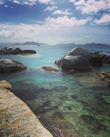 Road Town, Tortola: The Baths at Virgin Gorda