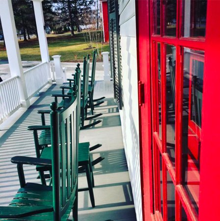 Manchester, VT: front porch rocking chairs