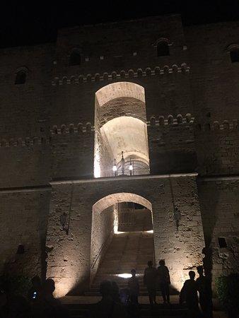 Castello Aragonese : photo1.jpg