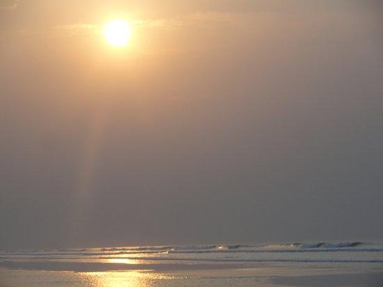 Mandarmani, India: Sunrise