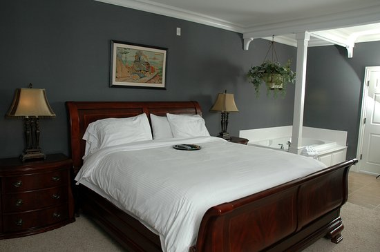 Depot Inn & Suites: Pullman Suite