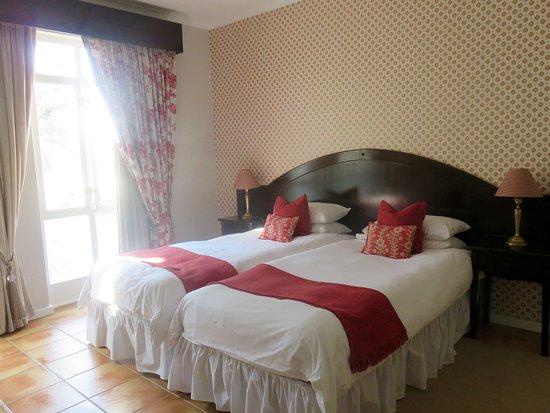 Hotel Eberwein: Quarto com cama de casal
