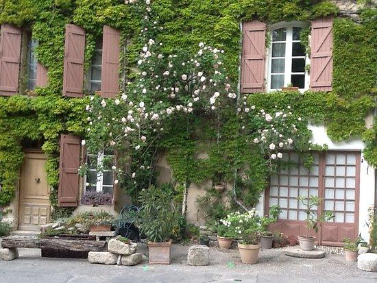 Saignon, Francia: Façade de la maison