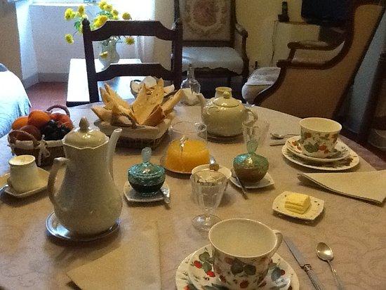 Saignon, Γαλλία: Le petit-déjeuner