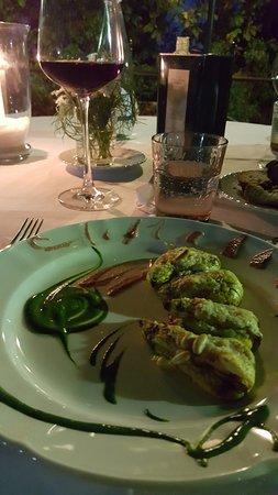 Montefollonico, Italia: Fiori di zucchine ripieni di ricotta