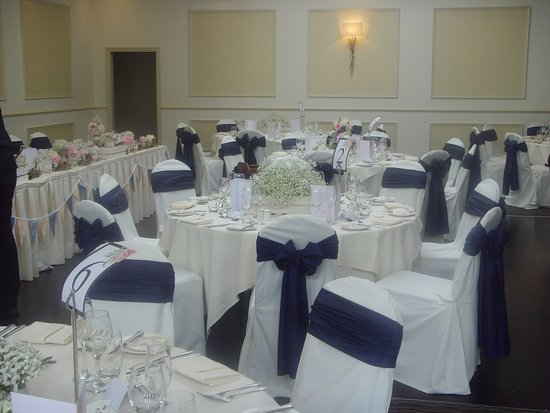 Bathroom picture of clifton arms hotel lytham st anne 39 s for Wedding reception bathroom ideas
