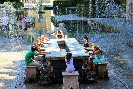 海尔布伦喷泉