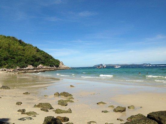 Ko Lan, Tajlandia: หาดตายาย ตอนเช้า