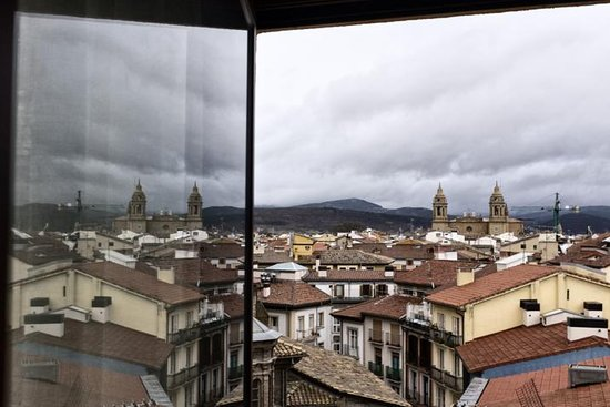 Pamplona Travel Guide, Tourism, Weather, How to Reach ...