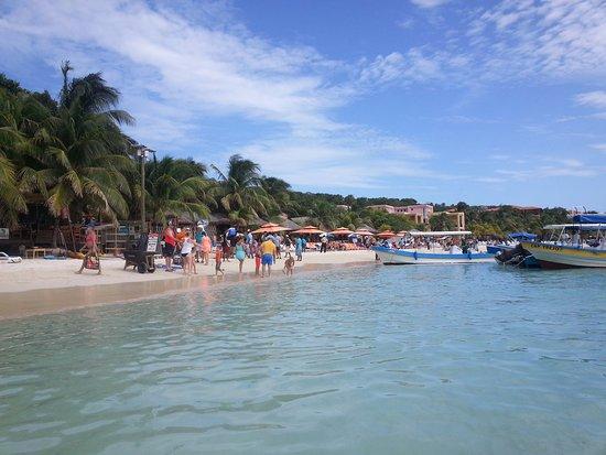 Coxen Hole, Ονδούρα: West Beach, Roatan
