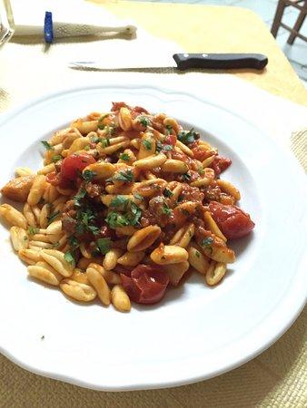 La Tavernetta: gli eccezionali cavatelli salsiccia e funghi porcini !
