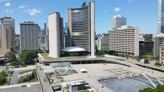 Toronto Chelsea Hotel Parking