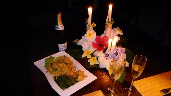 Haapiti, Французская Полинезия: Curry shrimp delivered on order