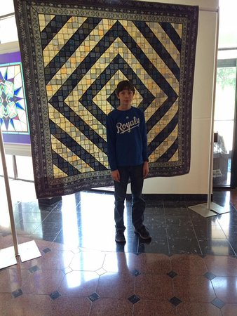 The National Quilt Museum: lobby