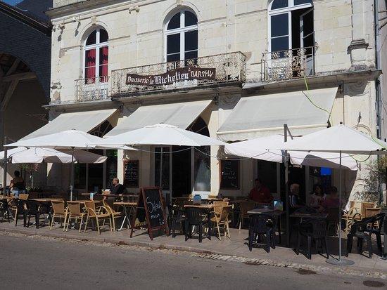 La façade de la Brasserie Le Richelieu.