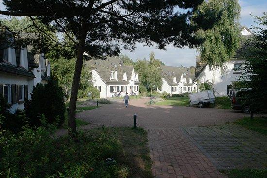 Dierhagen, ألمانيا: Ferienhausanlage im Areal Strandhotel Fischland