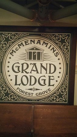 Forest Grove, OR: McMenamins Grand Lodge