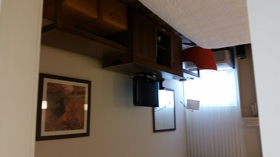 Commerce, GA: brand new renovated rooms