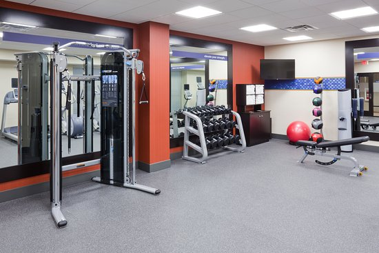 Roseville, MN: Stick with your exercise schedule while away in our well equipped fitness center.
