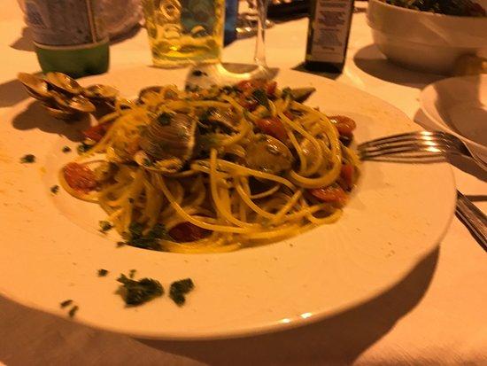 San Vito dei Normanni, Italia: Spaghetti alle vongole
